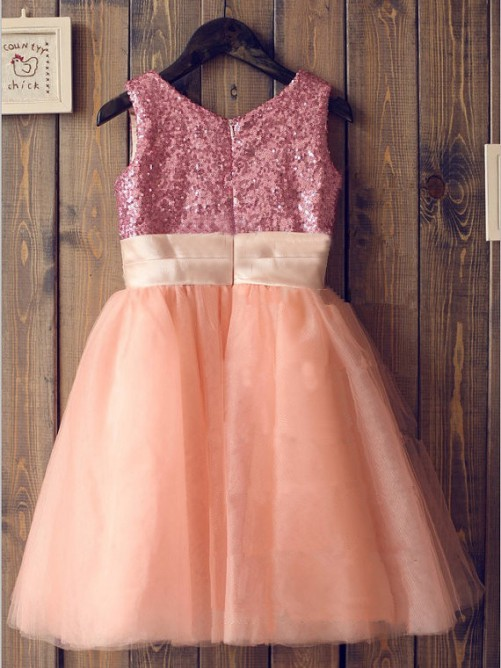 A-line/Princess Scoop Tulle Knee-Length Flower Girl Dresses with Sequins
