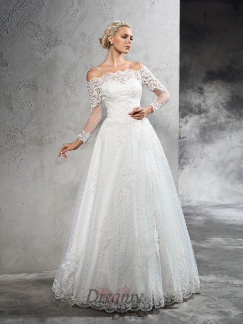 Lace Wedding Dress With Sleeves.Ball Gown Long Sleeves Lace Floor Length Net Wedding Dress