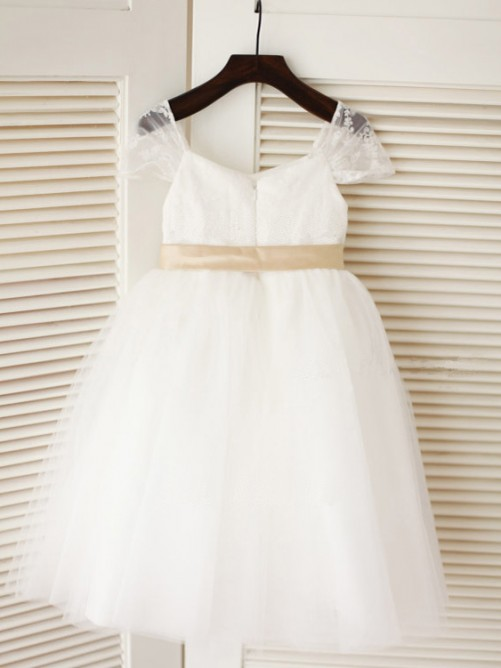 Ball Gown Scoop Tea-length Tulle Flower Girl Dresses with Sash/Ribbon/Belt