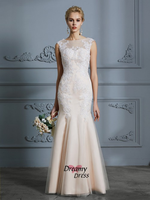 Trumpet/Mermaid Scoop Tulle Floor-Length Wedding Dress