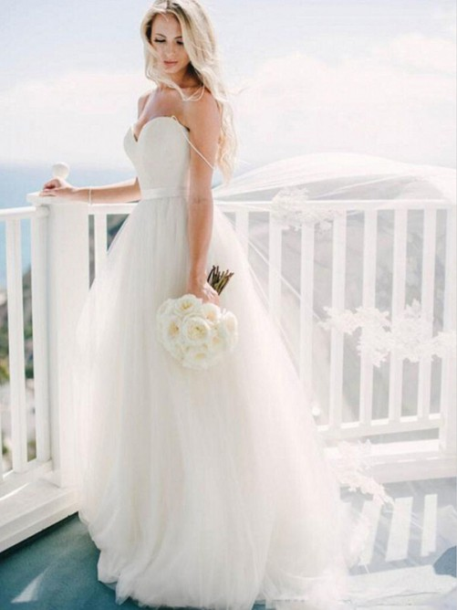 Ball Gown Sweetheart Sweep/Brush Train Tulle Wedding Dress
