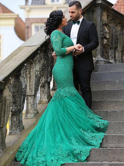 Mermaid V-neck Tulle Applique Long Plus Size Dress