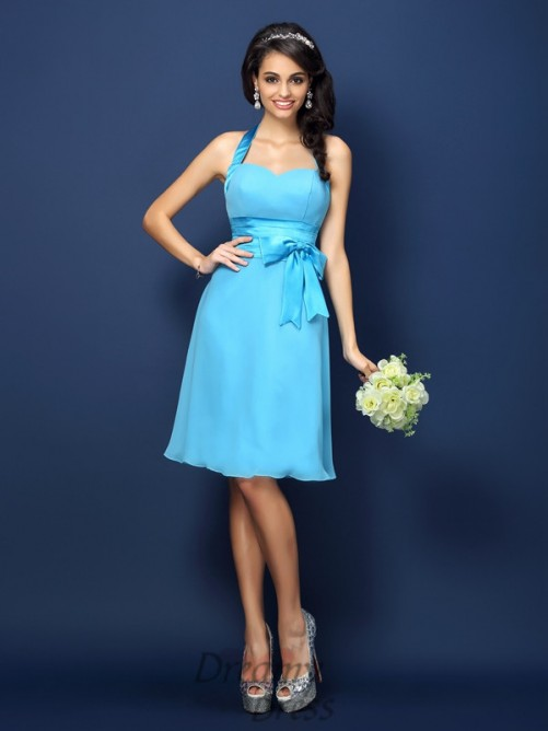 Sheath/Column Halter Knee-Length Chiffon Bridesmaid Dress