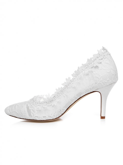 Women's Spool Heel Satin Closed Toe With Lace Wedding Shoes