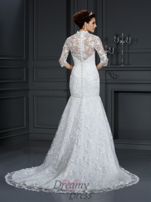 V-neck 1/2 Sleeves Court Train Lace Wedding Dress