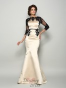 Bateau 1/2 Sleeves Satin Lace Court Train Dress