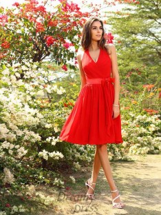 A-Line/Princess Halter Chiffon Knee-Length Bridesmaid Dress