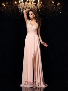 A-Line/Princess Halter Lace Sweep/Brush Train Chiffon Dress