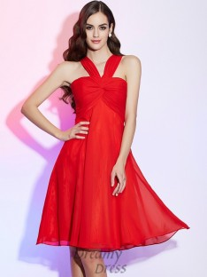 A-Line/Princess Halter Pleats Chiffon Knee-Length Bridesmaid Dress