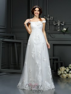 A-Line/Princess Off the Shoulder Court Train Net Wedding Dress