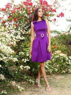 A-Line/Princess Satin Scoop Knee-Length Bridesmaid Dress