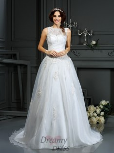 A-Line/Princess Scoop Net Court Train Wedding Dress
