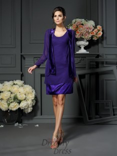 A-Line/Princess Square Chiffon Knee-length Mother of the Bride Dress