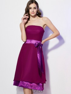 A-Line/Princess Strapless Bowknot Knee-Length Chiffon Bridesmaid Dress