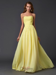 A-Line/Princess Strapless Pleats Chiffon Sweep/Brush Train Dress