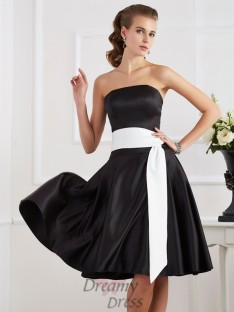 A-Line/Princess Strapless Sash/Ribbon/Belt Knee-Length Satin Dress