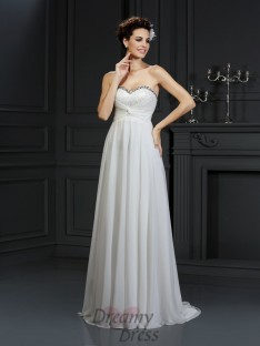 A-Line/Princess Sweetheart Chapel Train Chiffon Wedding Dress