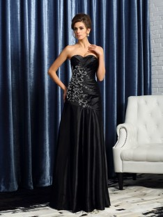 A-Line/Princess Sweetheart Satin Floor-Length Mother of the Bride Dress