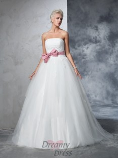 Ball Gown Strapless Net Court Train Bowknot Wedding Dress