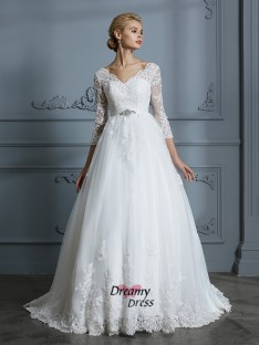 Ball Gown V-neck Court Train Tulle Wedding Dress