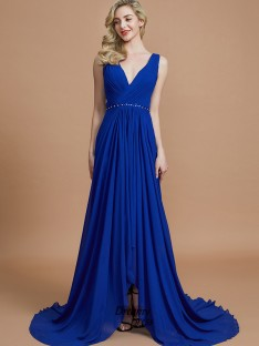 A-Line/Princess V-neck Chiffon Sweep/Brush Train Bridesmaid Dress