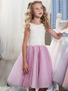A-Line Scoop Knee-Length Lace Tulle Flower Girl Dress