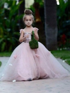 Ball Gown Spaghetti Straps Sweep/Brush Train Tulle Flower Girl Dress