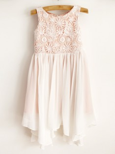 A-Line Chiffon Lace Scoop Knee-Length Flower Girl Dress