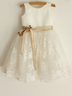 A-Line Scoop Lace Satin Knee-Length Flower Girl Dress