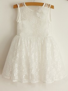 A-Line Scoop Lace Tulle Knee-Length Flower Girl Dress