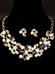 Ladies Alloy with Pearl Jewelry Set