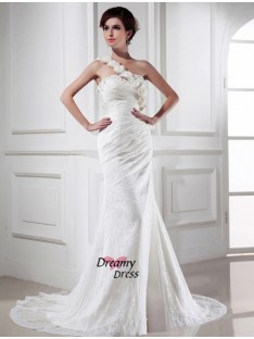 Mermaid One-shoulder Lace Satin Chapel Train Wedding Dress