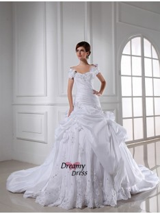Sweetheart Chapel Train Taffeta Wedding Dress