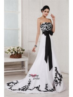 A-Line/Princess Sweetheart Court Train Net Satin Wedding Dress