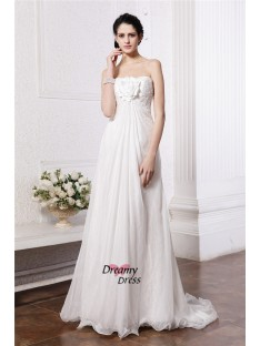 A-Line/Princess Strapless Sweep/Brush Train Chiffon Wedding Dress