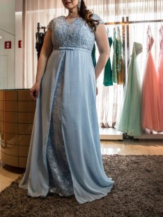 A-Line/Princess Scoop Floor-Length Chiffon Plus Size Dress