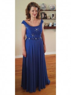 A-Line/Princess Scoop Floor-Length Chiffon Mother Of The Bride Dress