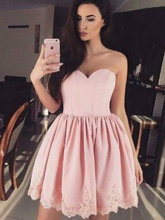 A-Line Sweetheart Lace Satin Short Dress