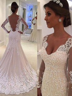 Mermaid V-neck Court Train Lace Wedding Dress
