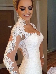 Mermaid V-neck Sweep/Brush Train Lace Wedding Dress