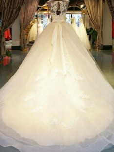 Ball Gown Off-the-Shoulder Sweep/Brush Train Lace Wedding Dress