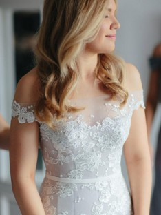 Mermaid Lace Tulle Off-the-Shoulder Court Train Wedding Dress