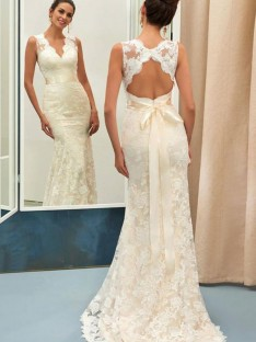 Mermaid Lace V-neck Long Wedding Dress