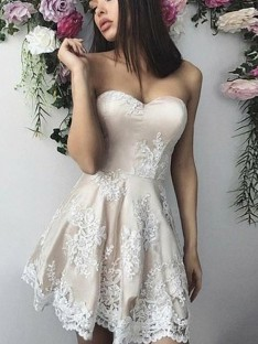 A-Line Lace Sweetheart Short Dress