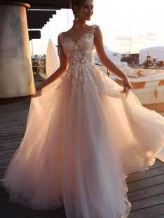 A-Line/Princess Bateau Sweep/Brush Train Tulle Wedding Dress