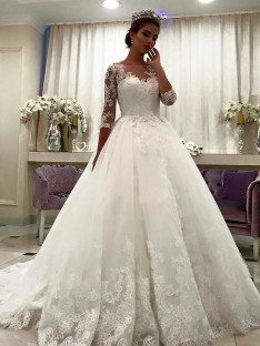 Ball Gown Bateau Lace Court Train Tulle Wedding Dress