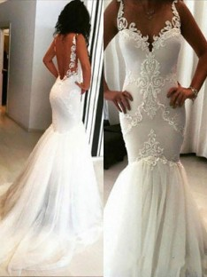 Trumpet/Mermaid Chapel Train Spaghetti Straps Tulle Wedding Dress