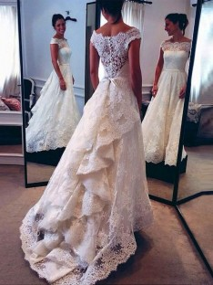 A-Line/Princess Scoop Lace Court Train Wedding Dress
