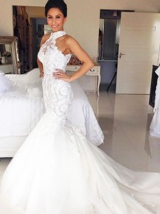 Trumpet/Mermaid Halter Court Train Tulle Wedding Dress
