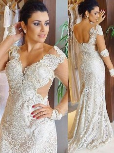 Sheath/Column V-neck Lace Sweep/Brush Train Wedding Dress